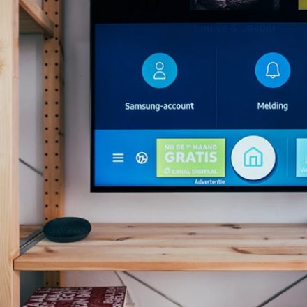 Cable TV vs Live Streaming: Which one should you go for?